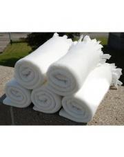 10 sztuk białych kocy z polaru 130x160 w sklepie Dedekor.pl
