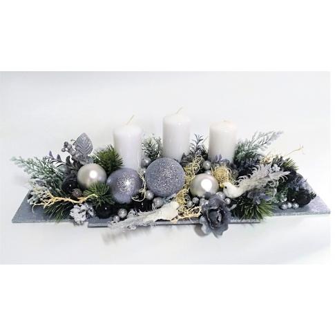 Stroik świąteczny ze świeczkami w sklepie Dedekor.pl