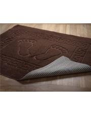 Brązowy dywanik do łazienki